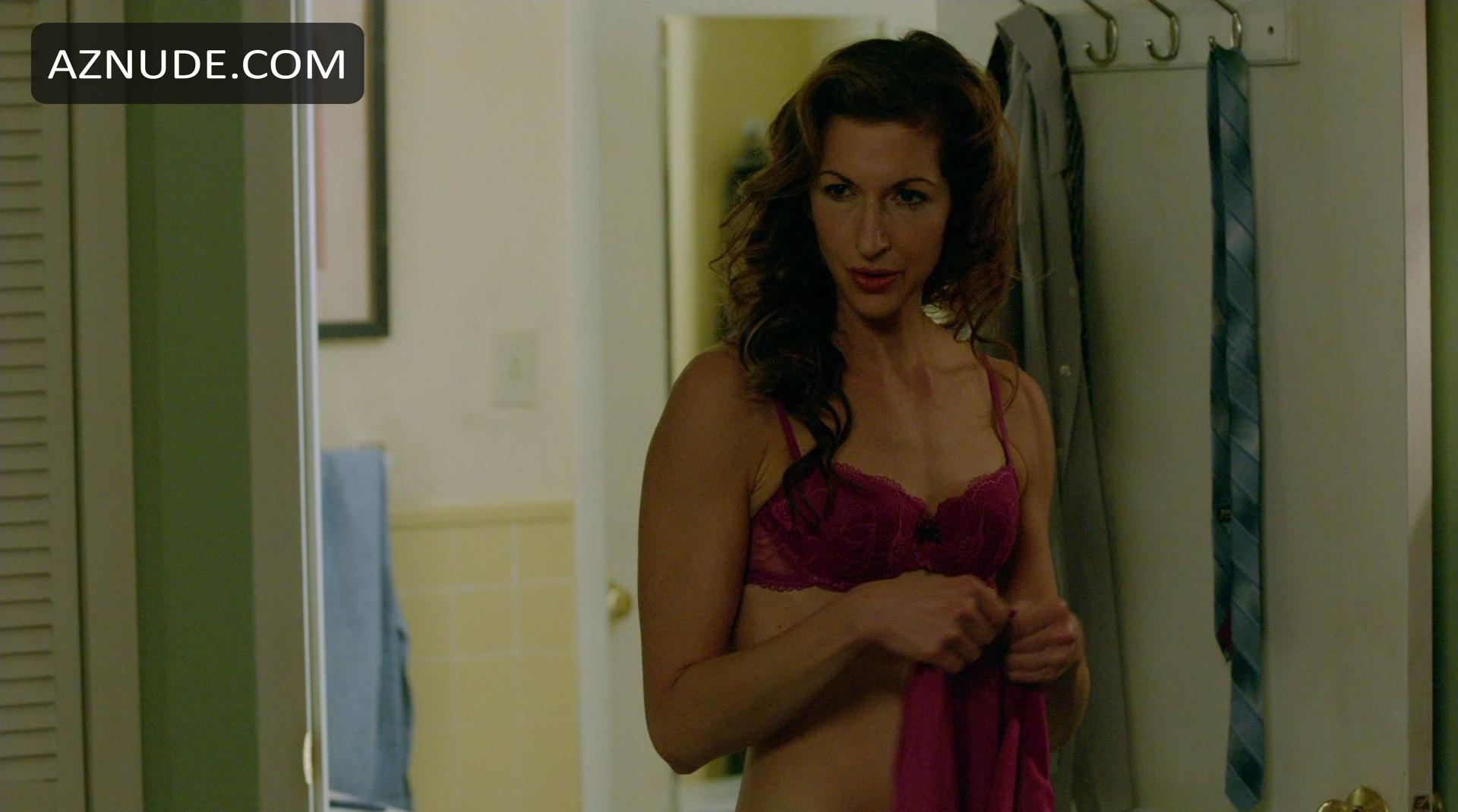 Nackt  Alysia Reiner 'Going Places'