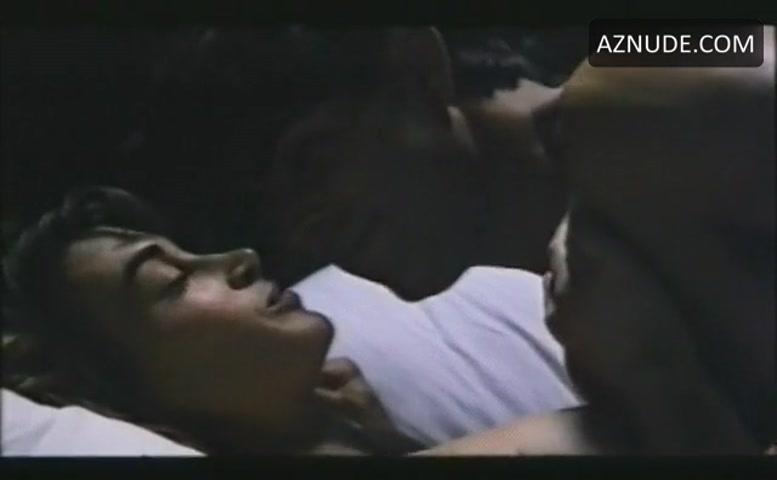 Tiffani amber thiessen nakwd