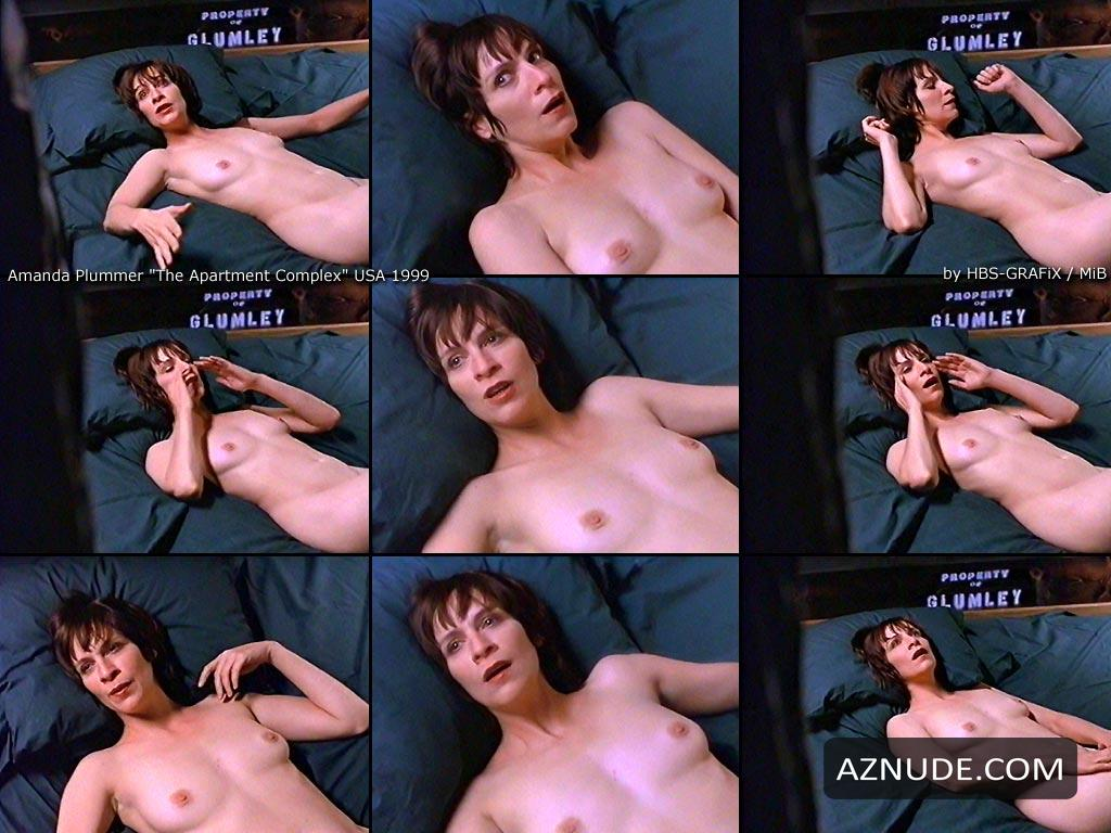L appartement nude scene girl