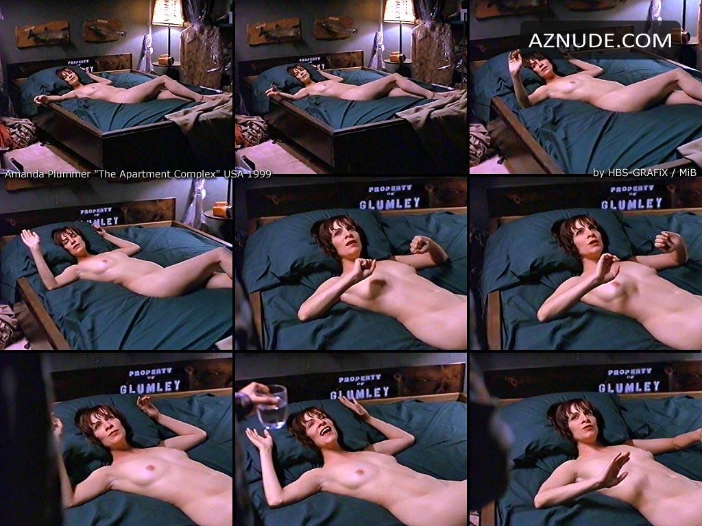 100 Pictures of Amanda Plummer Nude