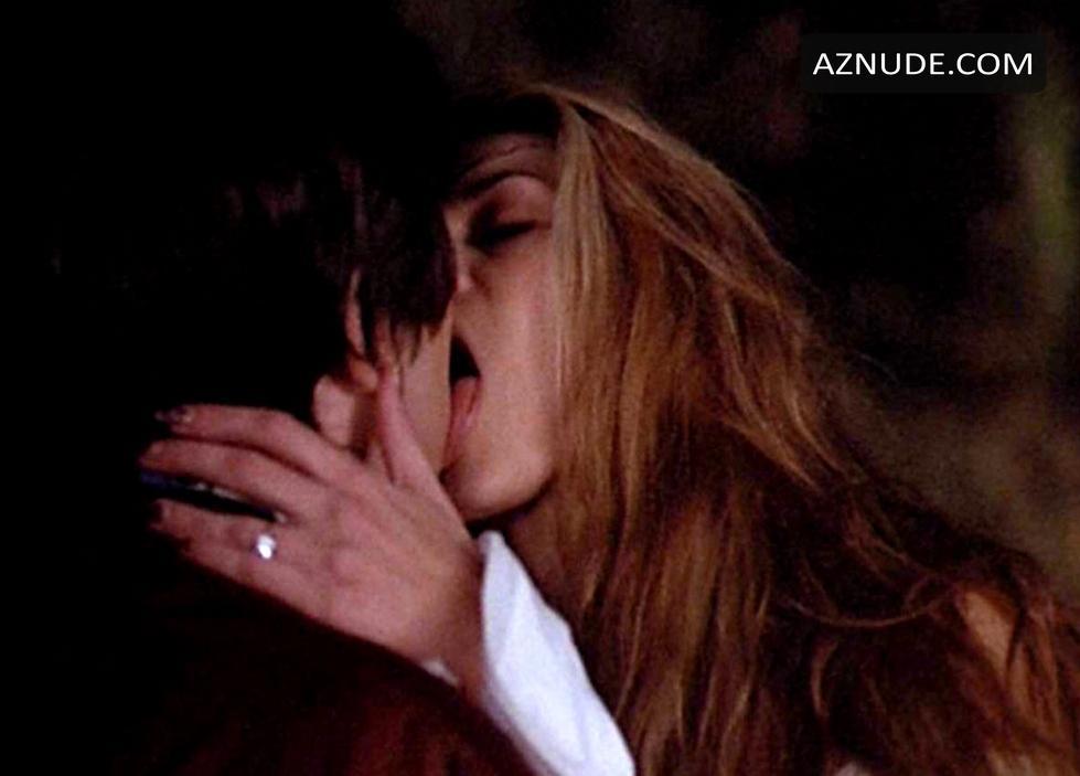 heard lesbian kiss Amber