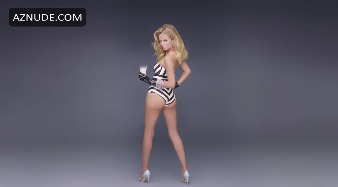 amber valletta sexy videos free