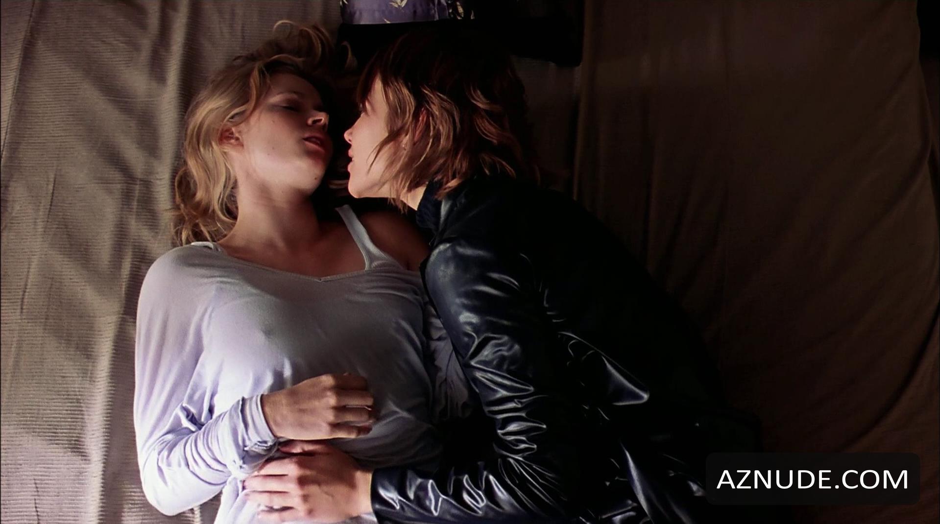 Lauren adams nude scene in night junkies scandalplanetcom - 2 part 1