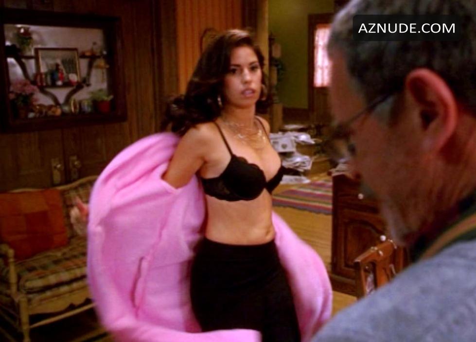 Tamil housewife wash nude photos