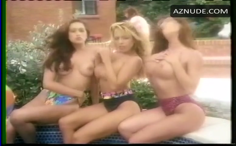 Angela Cornell Breasts Scene In Beach Babes From Beyond -6469