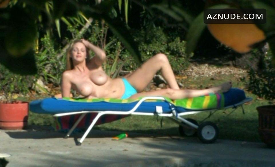 Angela Dodson  nackt