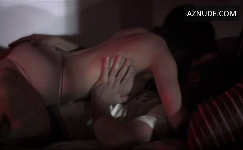 Angela Relucio  nackt