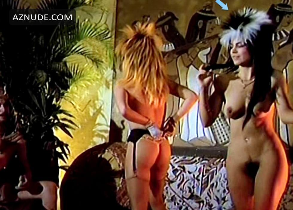 Los gatos club nudist