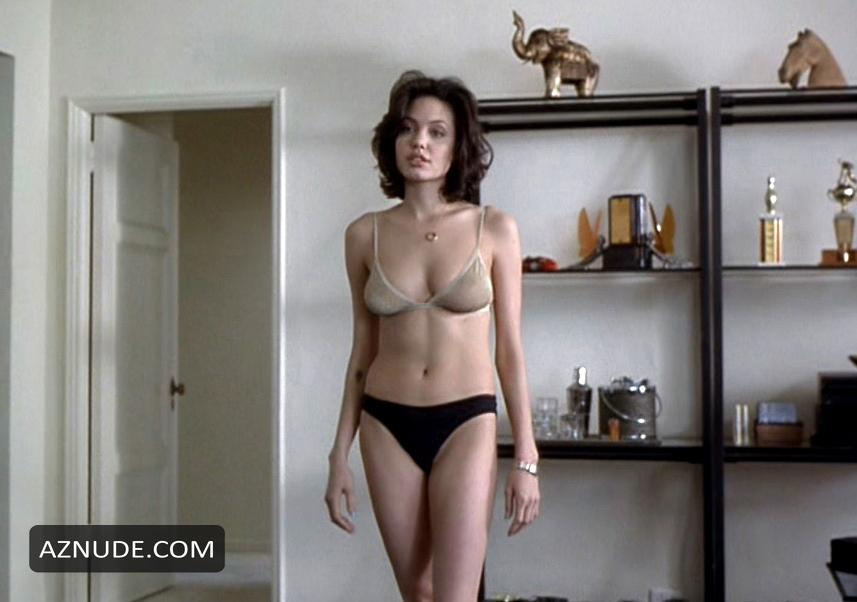 Angelina Jolie Topless Photos