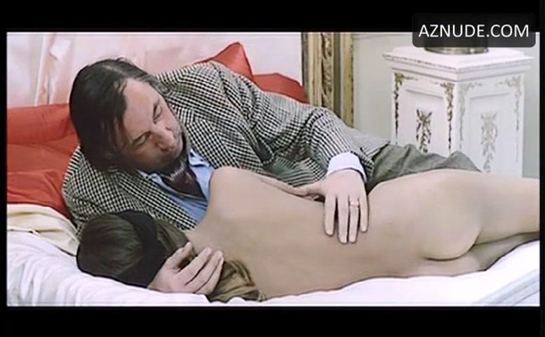 Alvina nackt Anicée  Anicée Alvina