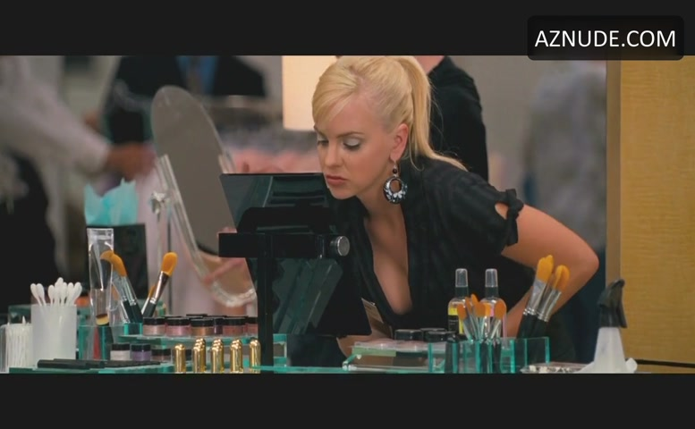 image Anna faris observe and report 02