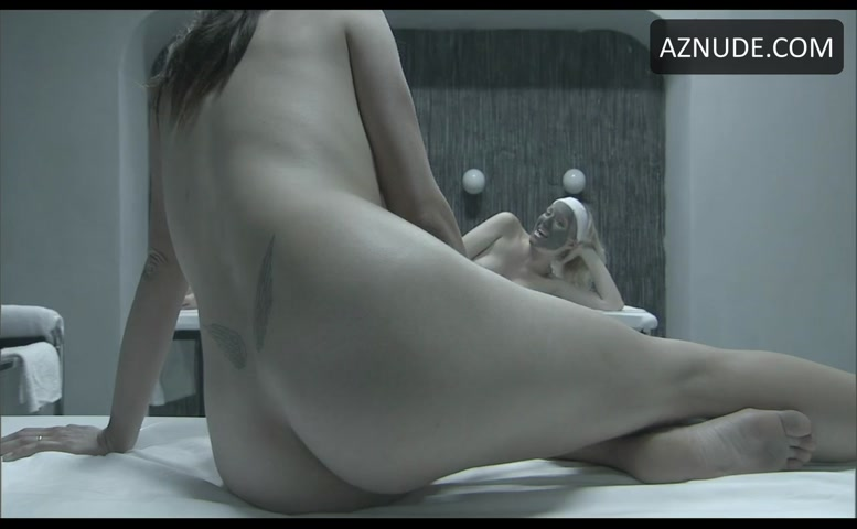 Monica bellucci sex in manuale damore scandalplanetcom - 1 4