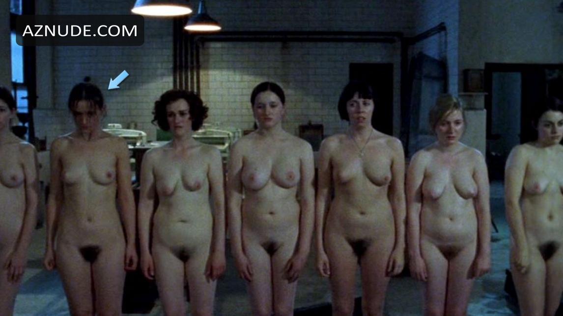 nude sisters