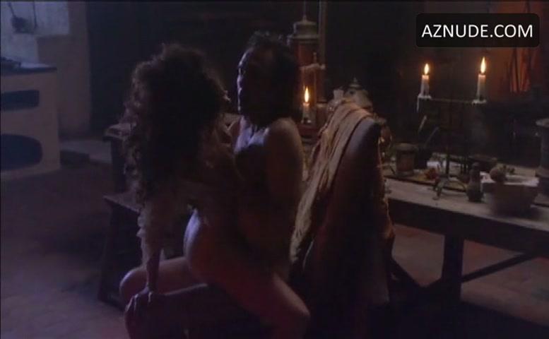 Anne parillaud nude scenes