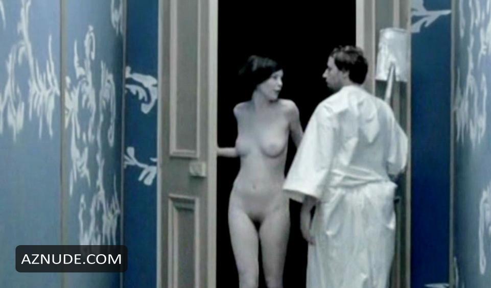 Anne von Keller  nackt