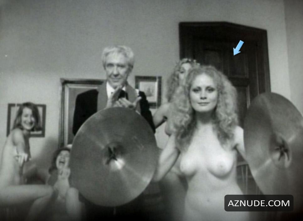 Beverly dangelo nude pics
