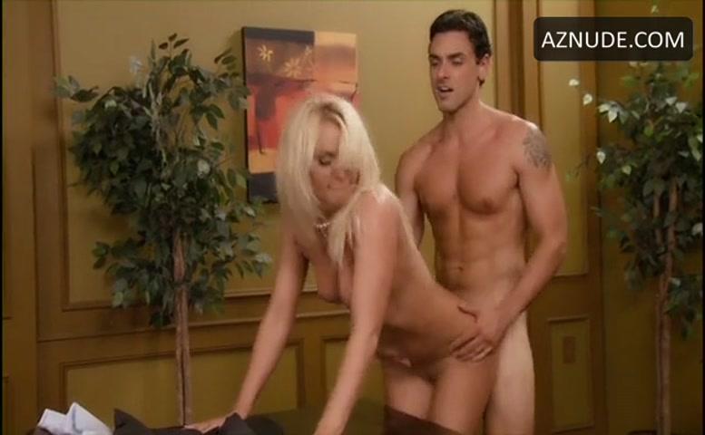 Lynne naked robyn