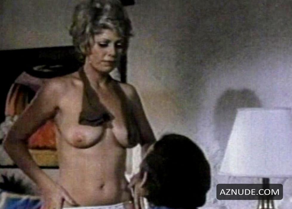 Powers nackt Beverly  Stefanie Powers