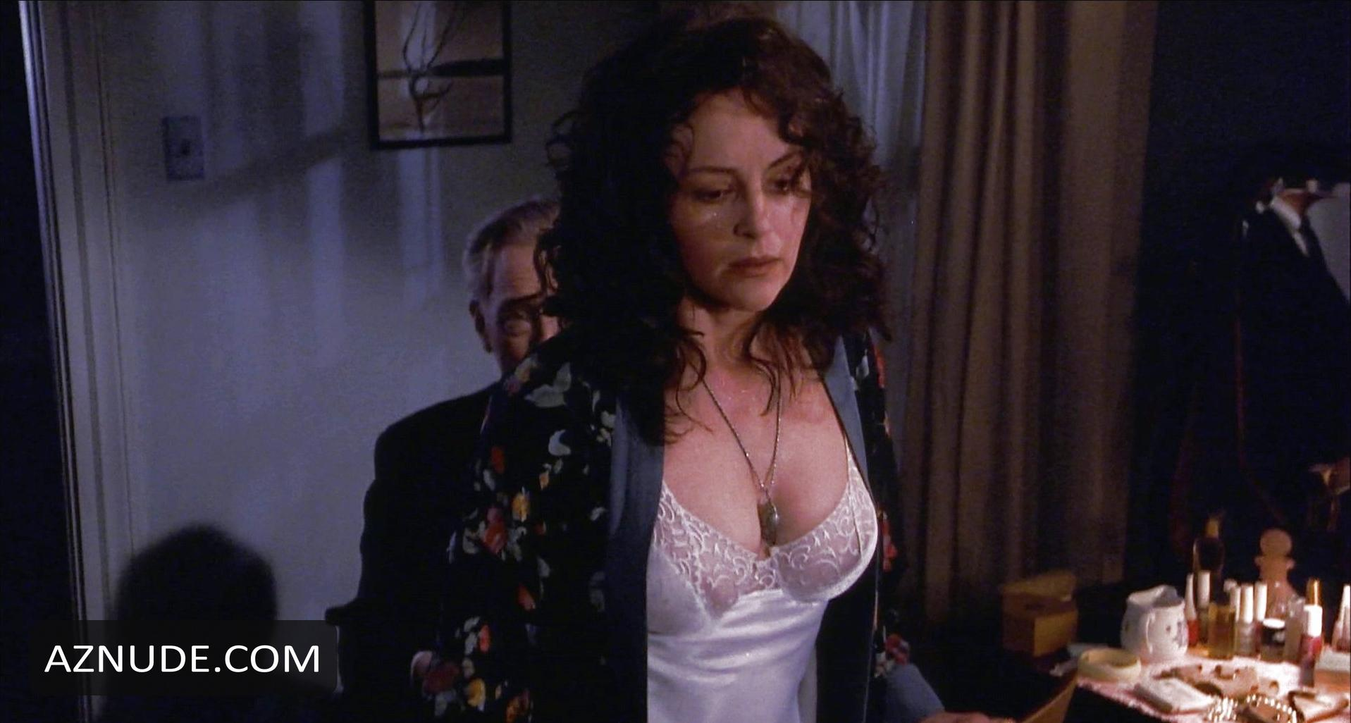 N bonnie naked hot bedelia
