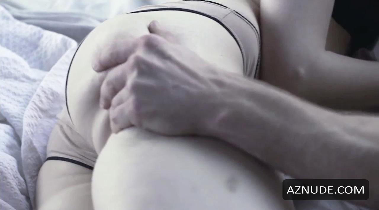 Bonnie Swencionis  nackt