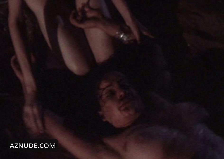 Carla gugino rya kihlstedt and anna levine nude lesbo scene 2