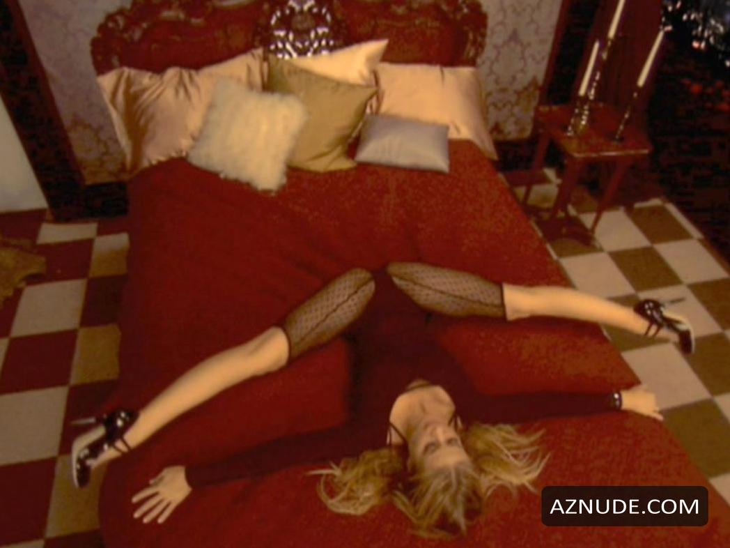 Porn pictures Women oral sex clip