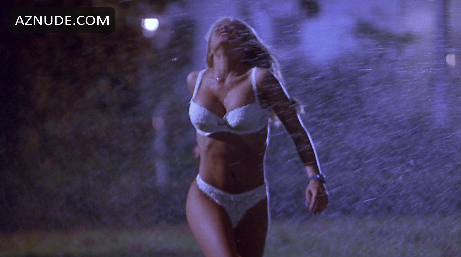 Scary Movie Nude Scenes - Aznude-2383