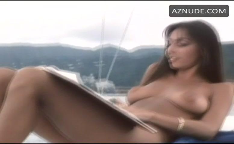 Nude women in hawaii
