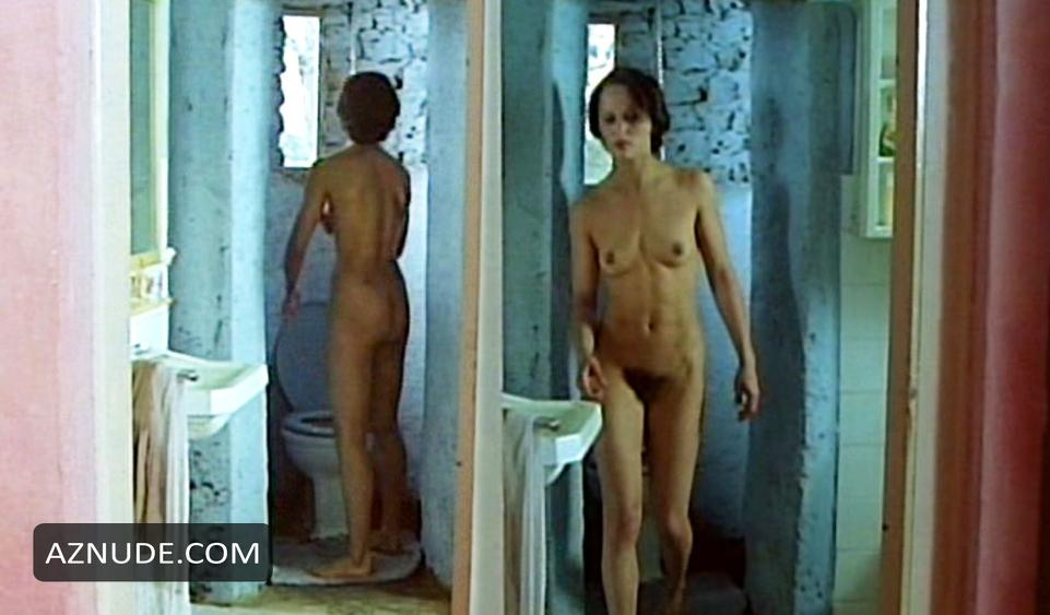 Identificazione Di Una Donna Nude Scenes - Aznude-5762