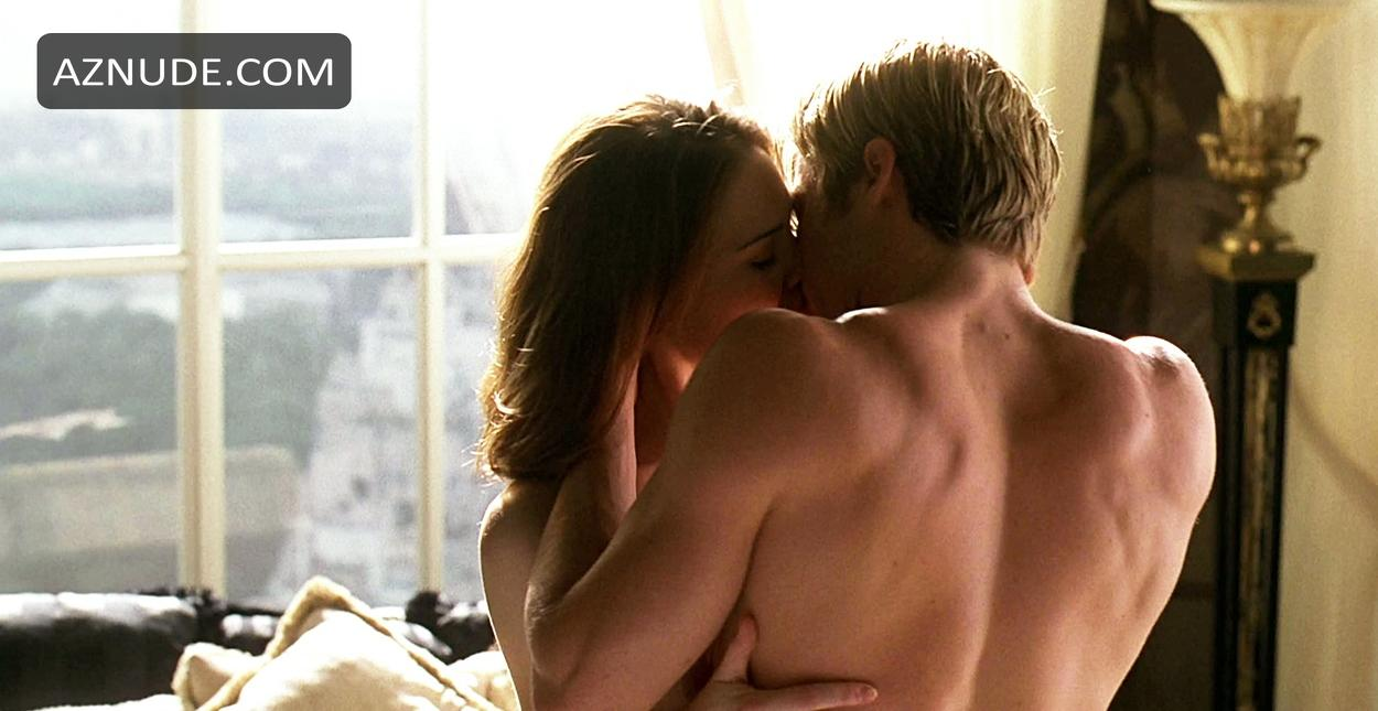 Claire Forlani Nude Photos