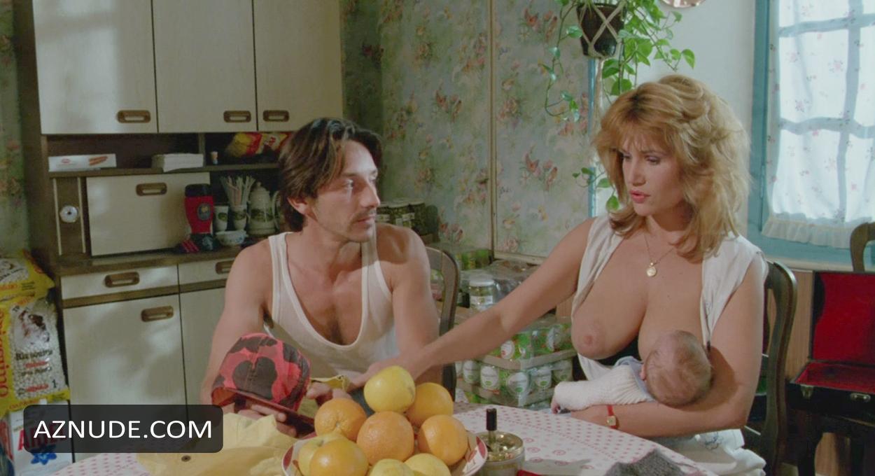 Nackt  Clémentine Célarié Clémentine Célarié
