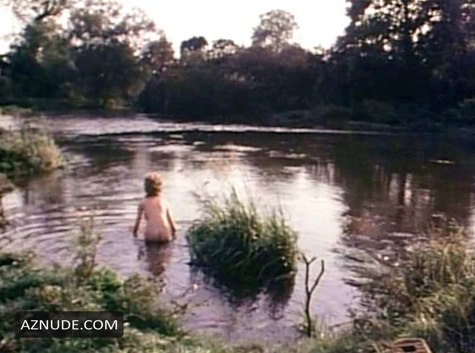 bella maree nude