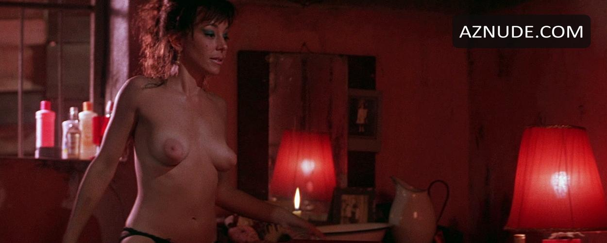 Cordelia gonzalez nude born on the fourth of july 3