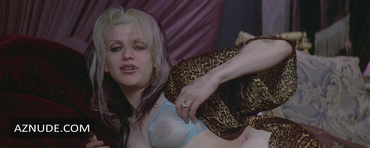 Nackt Courtney Love  65+ Sexy