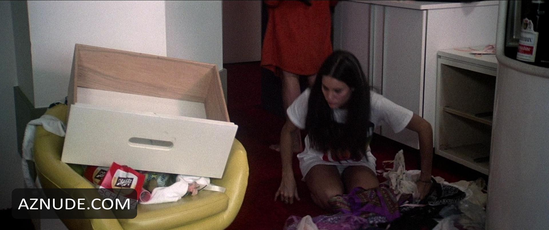 Molly Hagan Underwear Scene In Ringmaster Aznude