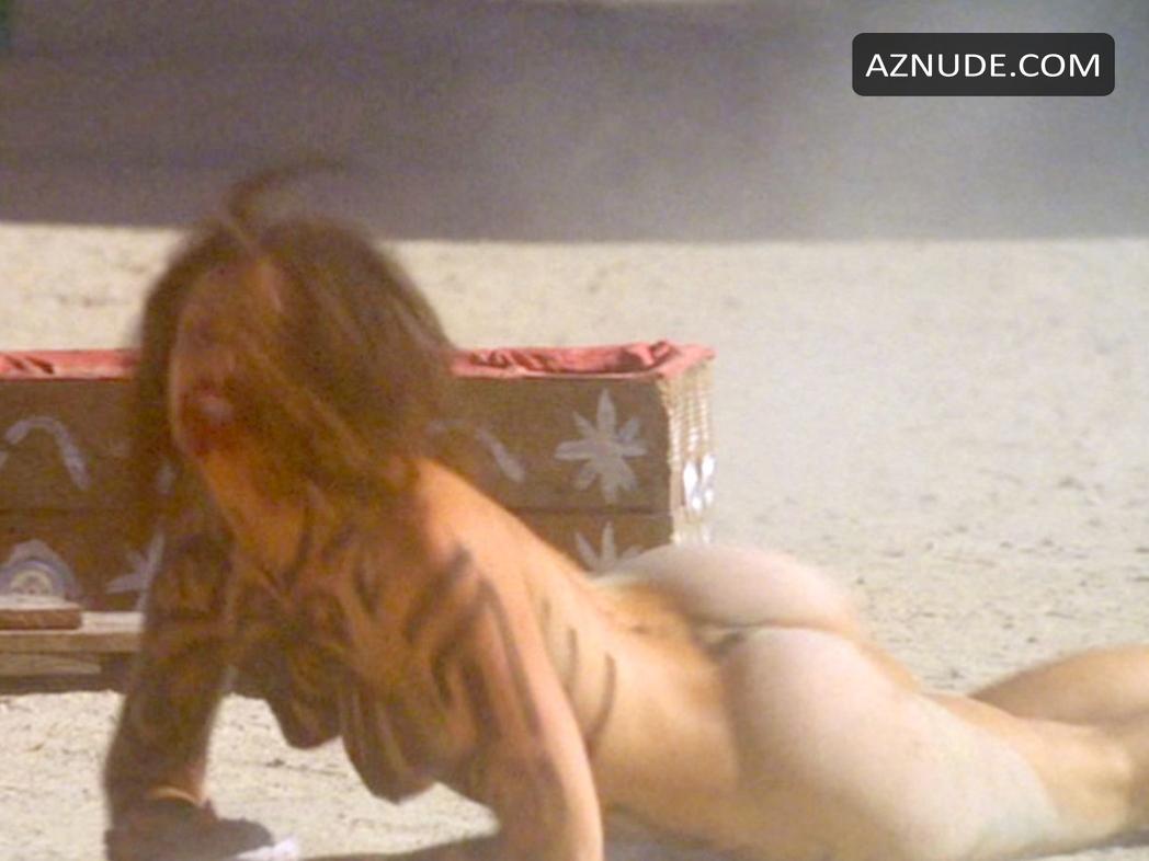 Nackt Danielle Burgio  Danielle Burgio