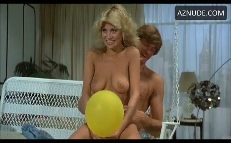 Dawn Clark Breasts, Bush Scene In The Happy Hooker Goes To -9196