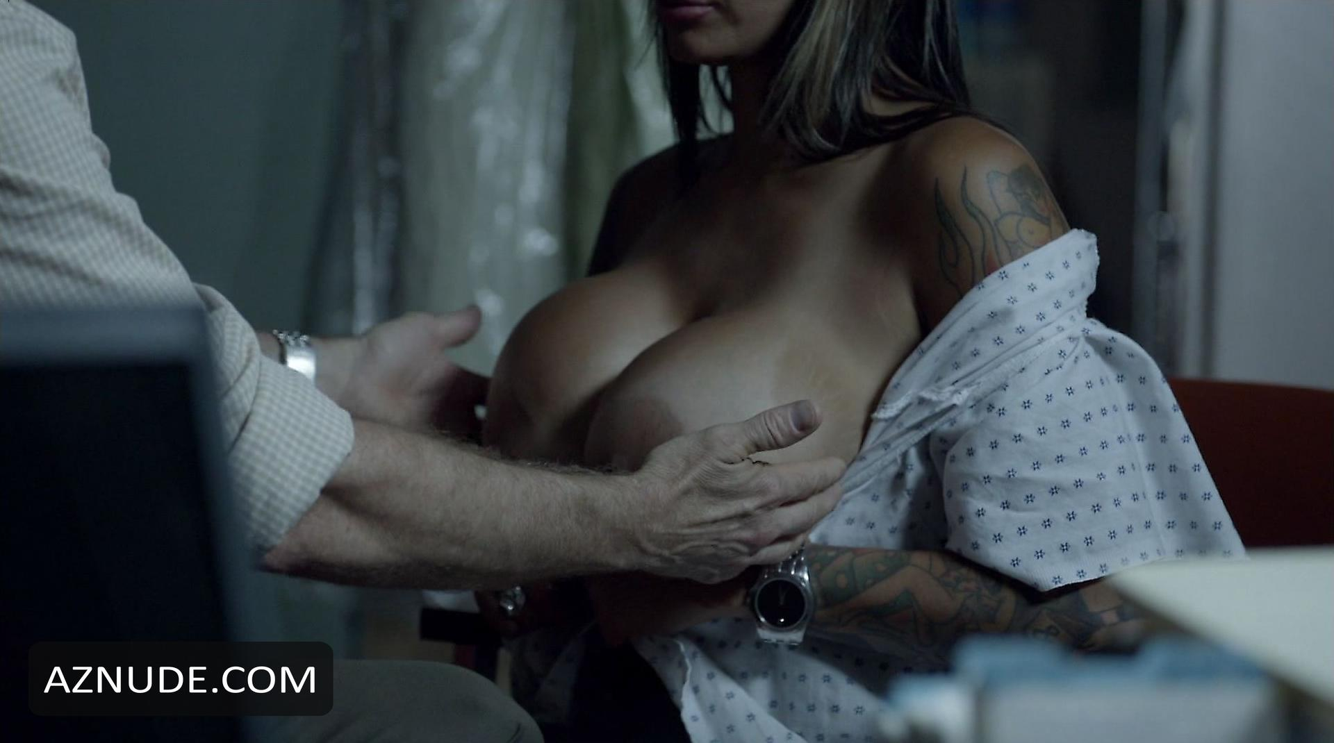 Betras  nackt Deanna Hottest Banshee