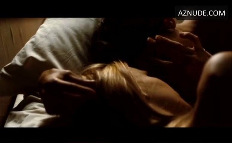 Elena Anaya Breasts, Bush Scene In Room In Rome - Aznude-3400