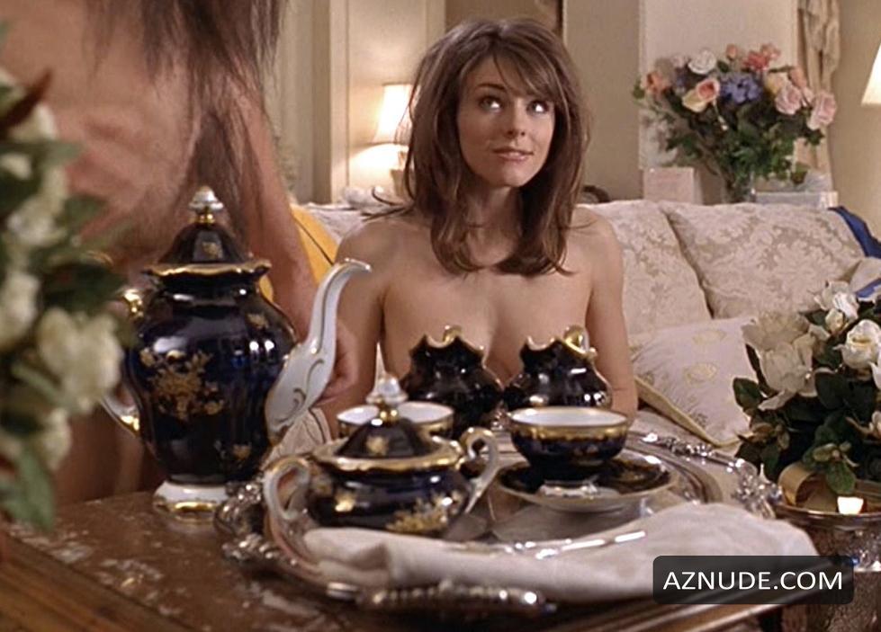 Topless Alotta Fagina Nude Images