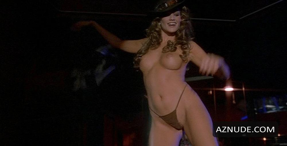 Elizabeth Nottoli  nackt