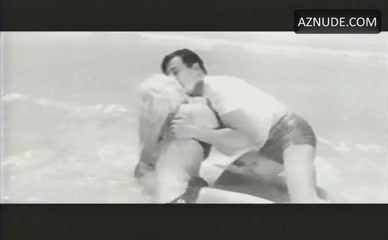 Hot Elke Sommer Nude Movie Images