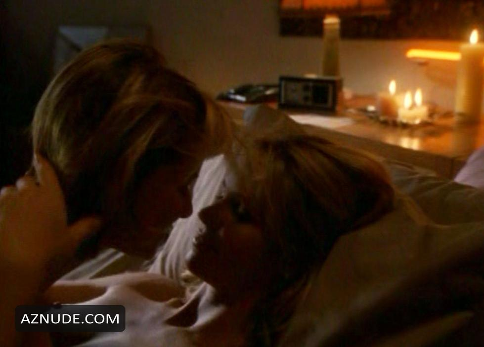 Lesbian sex scenes a girl thing