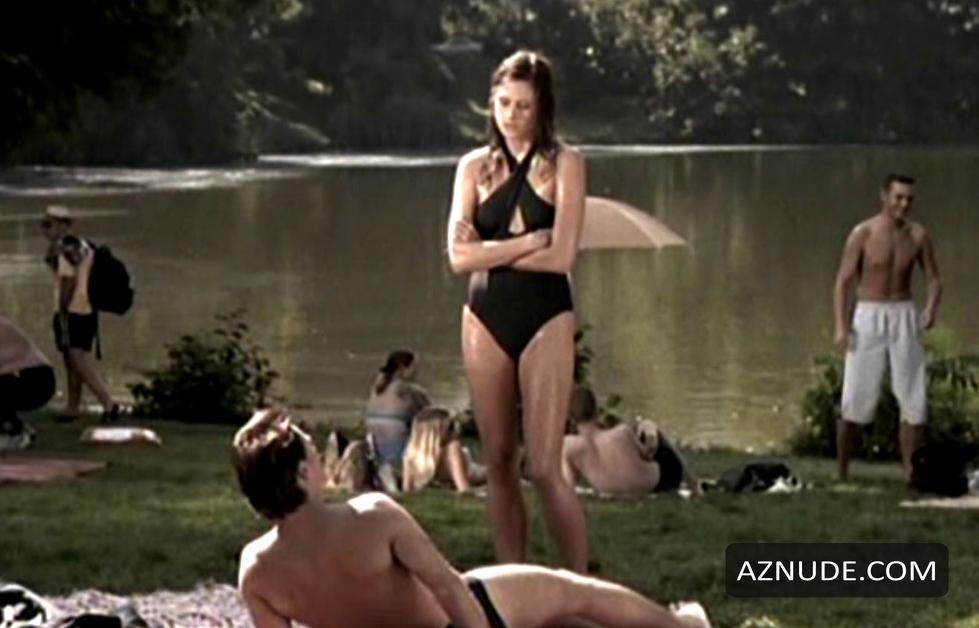 Arlene Frattini  nackt