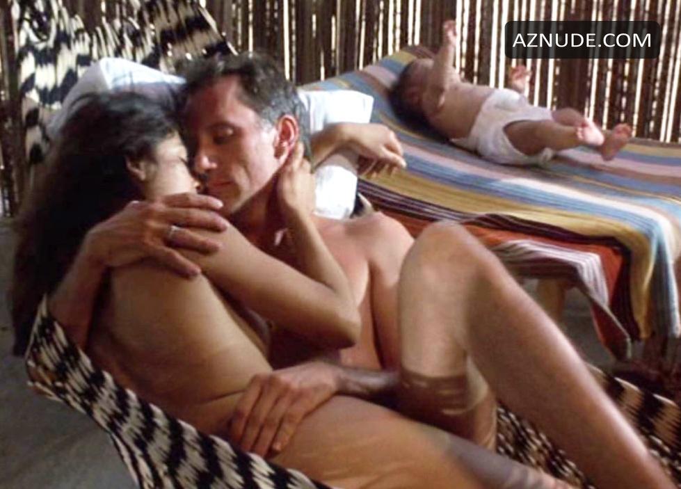 Salvadorian lesbians