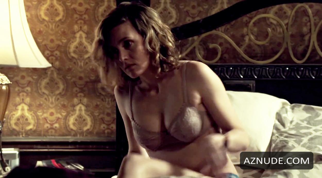Evelyne Brochu Nude - Aznude-1989