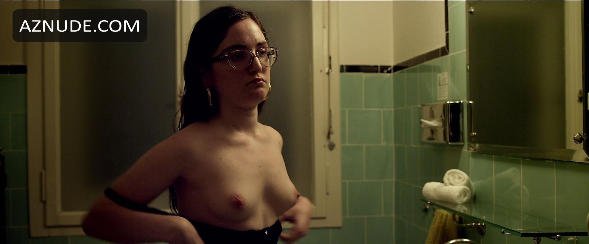 Gabriela Belisario  nackt
