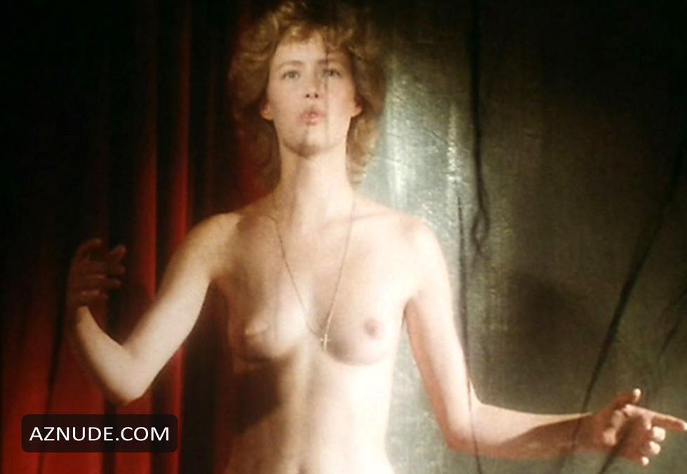 Nackt  Gabrielle Lazure Gabrielle Lazure