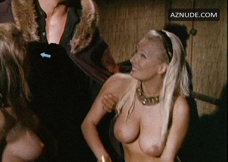 Naked girl black suzuki gsxr superbike