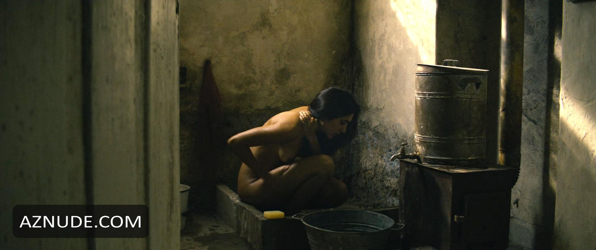 Naked golshifteh farahani Golshifteh Farahani